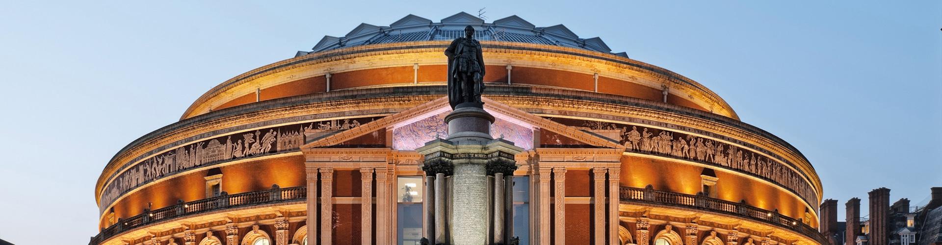 Dirigenten, Solisten, Orchester, Chöre: Individuelle Reisepläne von Luxreisen